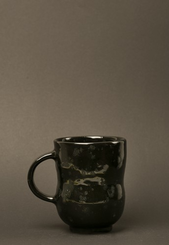 Black dotted cup 31
