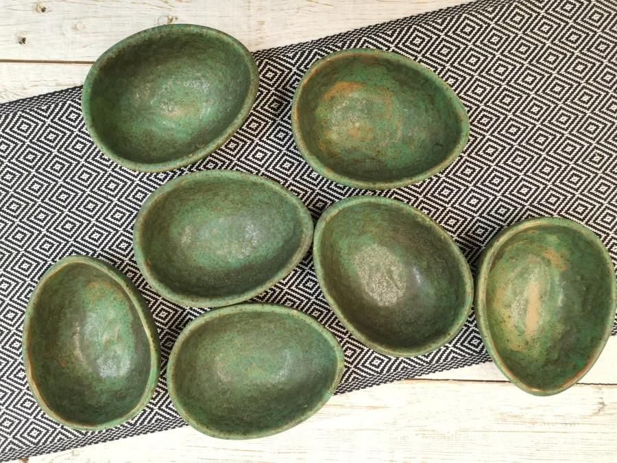 GREEN matte egg